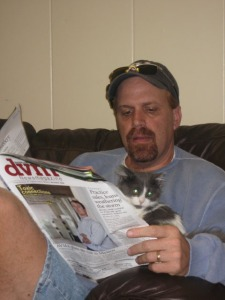 Fluffer and Darin read the latest DVM News.